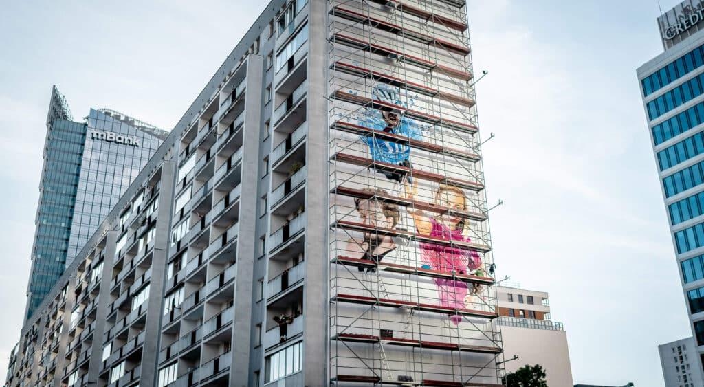 Warszawa, eko mural antysmogowy firmy Sii, malowanie farbami KNOxOUT